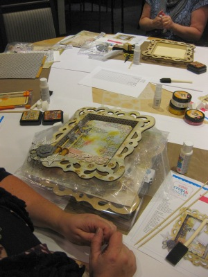 Vicki Boutin  frame workshop -