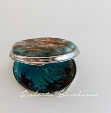 personalized compact with resin jewelry clay and Ann Butler stamps